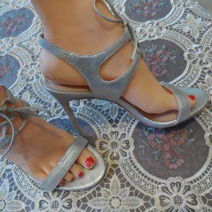 New Pour la Victoire Siver Leather Elisa Heels 7.5